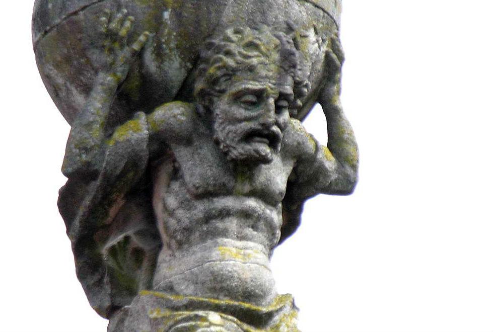 More details Sculpture of Atlas, Praza do Toural, Santiago de Compostela. (Photo by Luis Miguel Bugallo Sánchez)